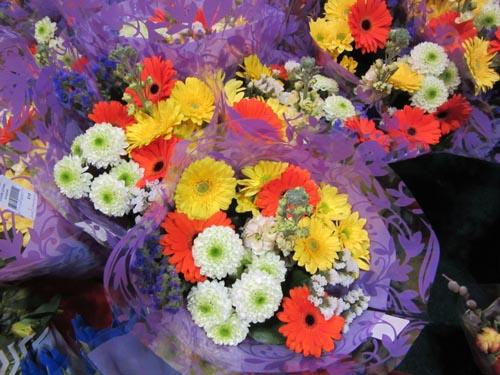 pickOntario Bouquets